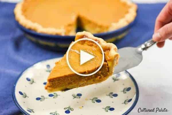 A video of an easy pumpkin pie recipe