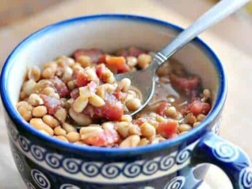 Homemade Baked Bean Recipe - GAPS legal baked beans in bowl