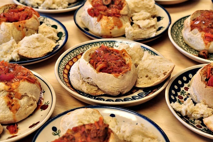 sourdough bread soup bowls ready to serve