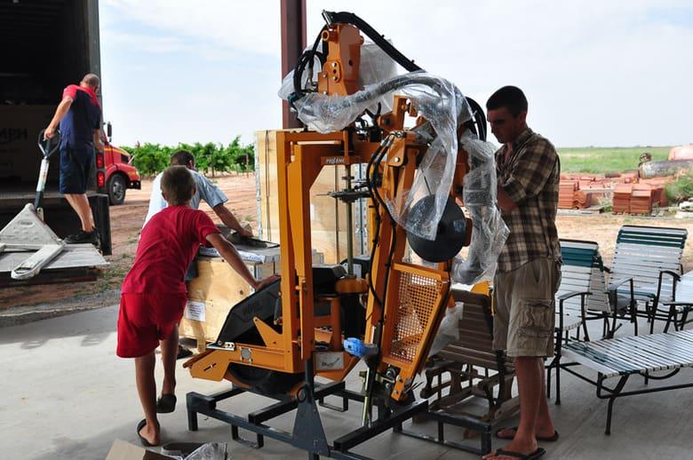 Assembling the Pellenc wire raiser