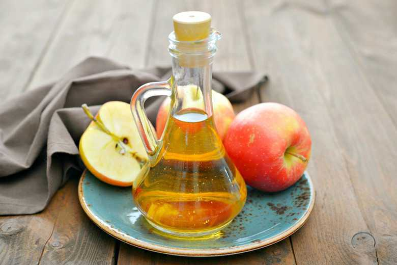 Apples and ACV from the post, How to Get Rid of Bladder Infections Naturally