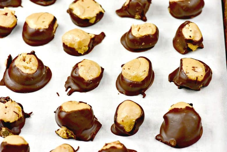 buckeyes-on-cookie-sheet
