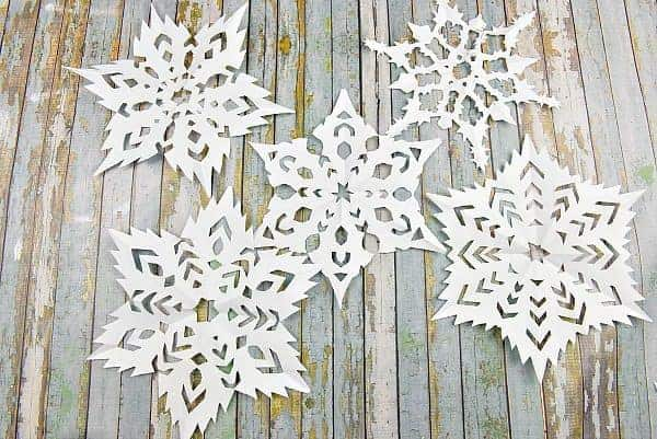 How to Make a Snowflake – Its Quick and Easy