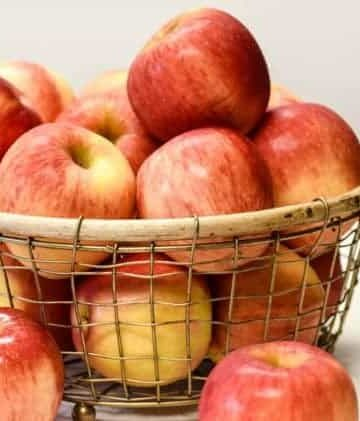 featured image of bowl of apples for Health Benefits of Apples post