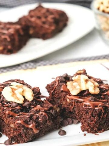 Diabetic Brownies shown on white tray with yellow napkin.